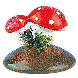 Set of Six -  Lucky Mushrooms  -  2cm / 0,75 inch